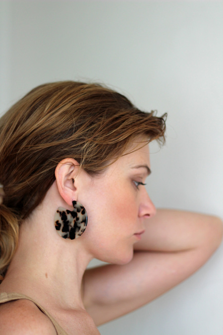 Machete Clare Earrings in Ash Blonde