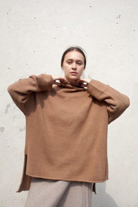 Lauren Manoogian Oversized Roll Neck in Camel