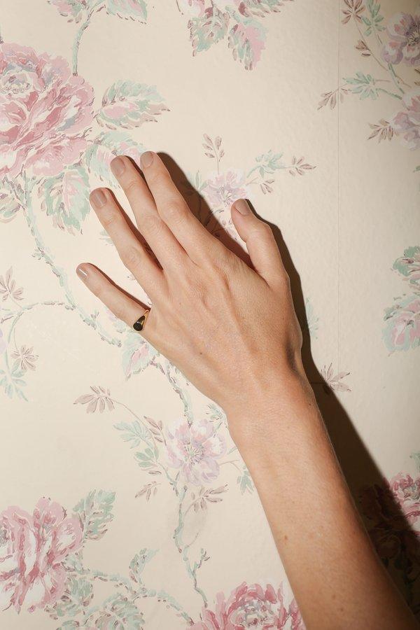 J. Hannah Demi Signet Ring in Yellow Gold