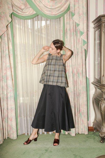 Wolcott : Takemoto Shadow Skirt in Navy Cotton Twill
