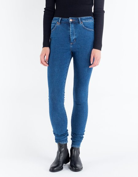 Neuw Marilyn Super High Skinny Jean in Avenue Blue