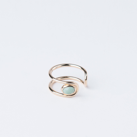 MOCIUN Infinity Ring with Oval Variscite Stone in 18K Tiffany Yellow Gold