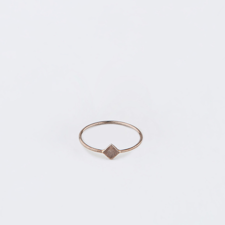 MOCIUN Mini Square Ring in Sterling Silver