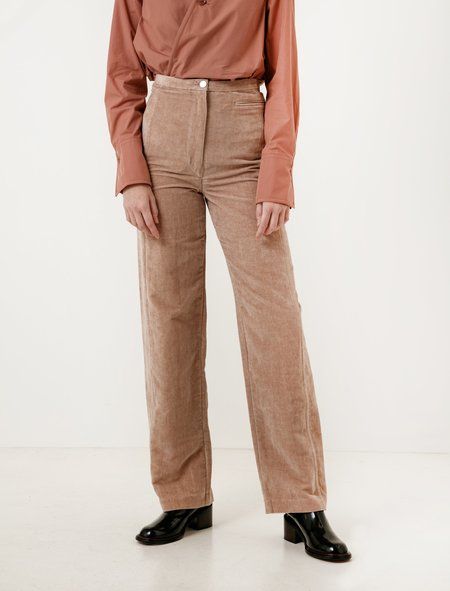 Lemaire Velvet High Waisted Pants - Smoked Pink
