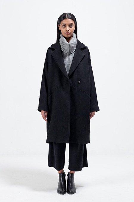 Nique Sapporo Coat