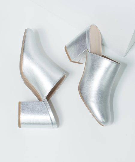 Intentionally Blank Silver Dicey Heel