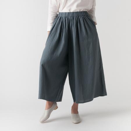 EVAM EVA Water Linen Gather Pant in Dove Grey