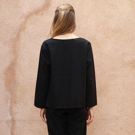 Me & Arrow Basic Top - Linen Black
