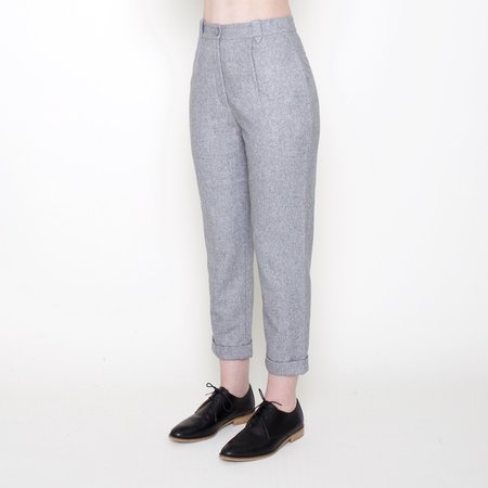 7115 by Szeki Wool Cropped Trousers - Heather Gray
