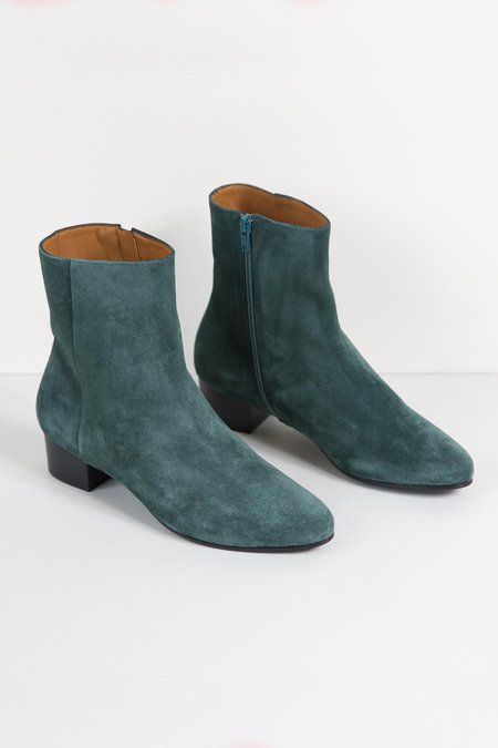Anne Thomas Michele Boots Pavone