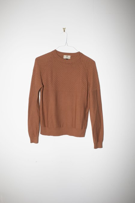 Unisex Giu Giu Brickstitch Crew in Bronze