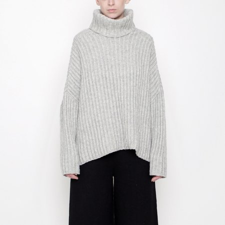 7115 by Szeki Heavy Ribbed Turtleneck Sweater - Stone Gray