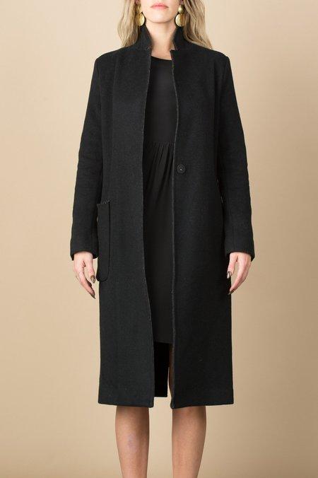 KES Raw Edge Minimal Coat In Black