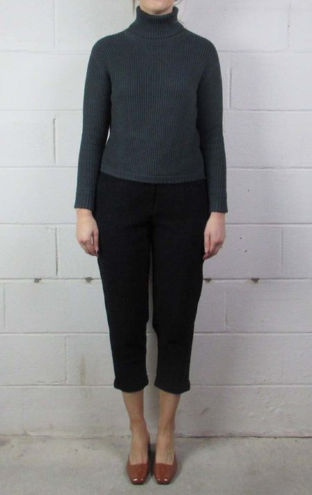 7115 by Szeki turtleneck cropped sweater