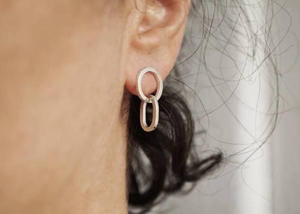 Marmod8 Link Earrings (Silver)