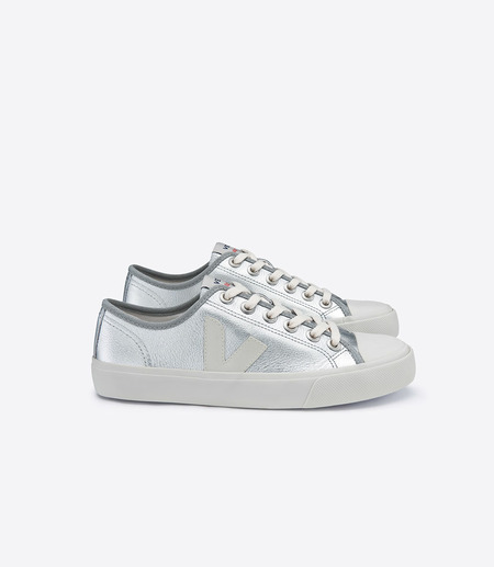 Veja Wata Leather Silver Pierre