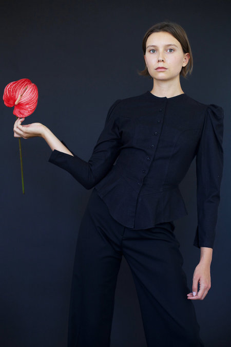 Town Clothes Rosa Blouse in Black