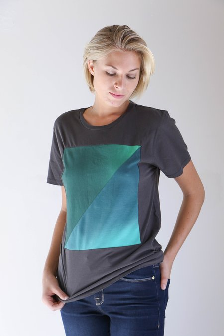 Correll Correll Diagonal T-Shirt in Green/Black Gradient