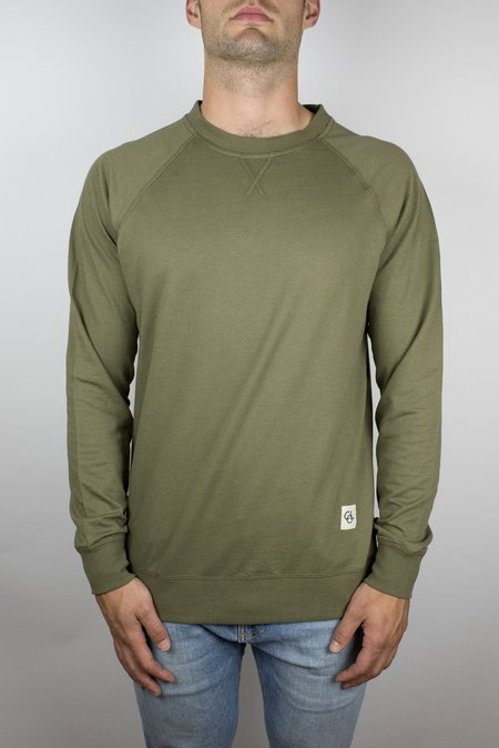 Craft of Lyfe The Passion Raglan in Olive