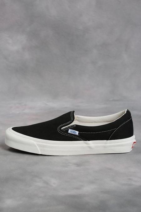 Vans Vault Black OG Classic LX Slip-On