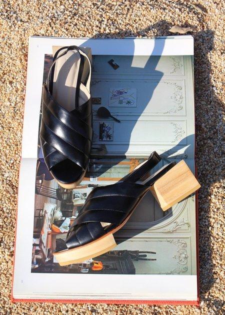 Beklina Picasso Platform - Black