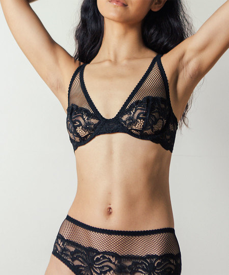 Lonely Lena Underwire Bra in Black