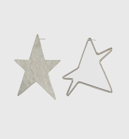 Anndra Neen Ying Yang Star Earrings