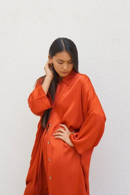 OR Satin Big Shirt In Rust