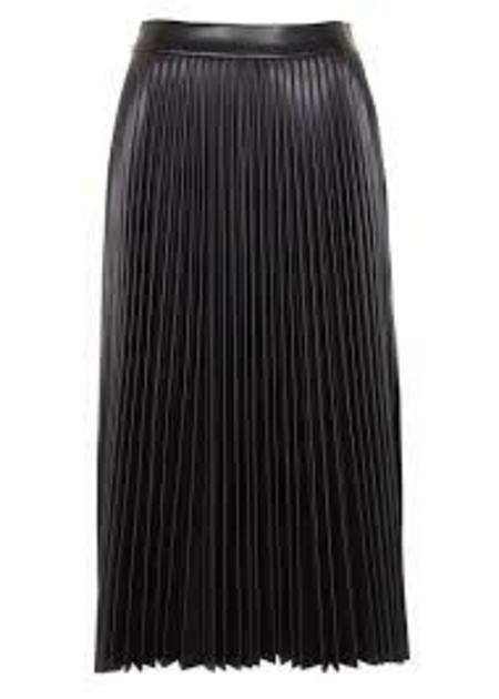 Tara Jarmon Black Leather Pleated Mini Skirt