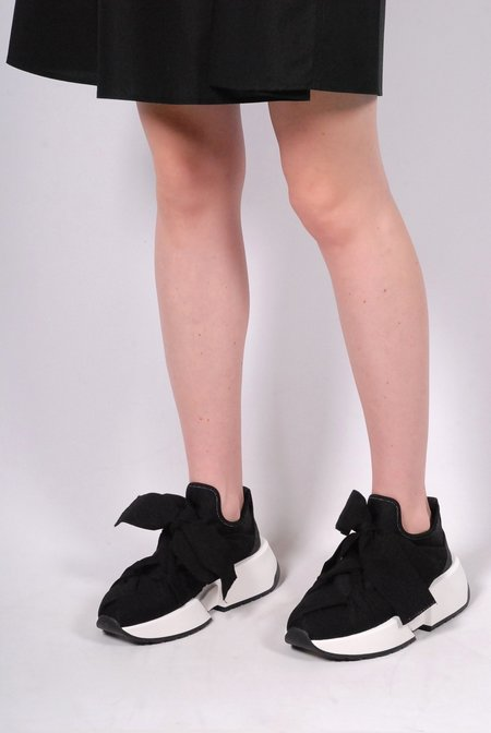 MM6 by Maison Margiela Trainers with Oversized Sole - Black