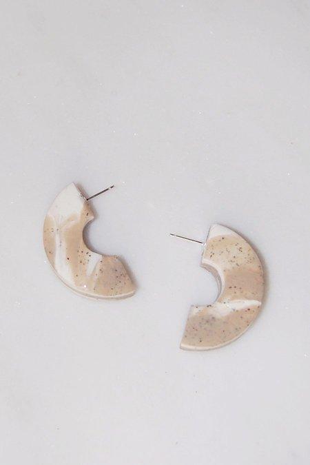 Elise Ballegeer Meryl Earrings - Sand Dune Marble