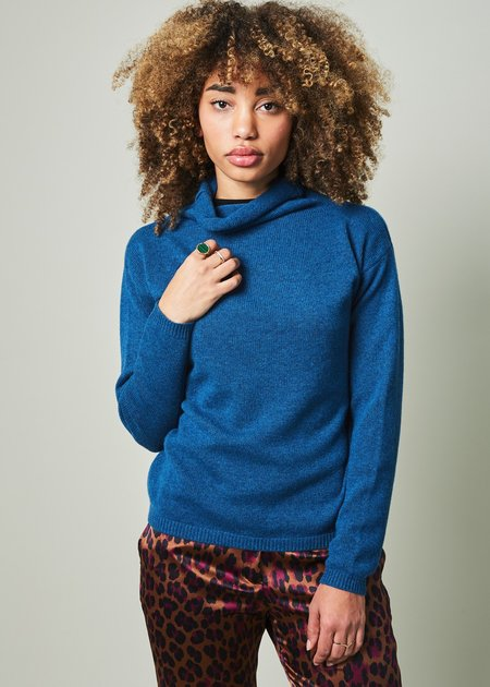 Laura Urbinati Knit Cashmere Turtleneck Sweater
