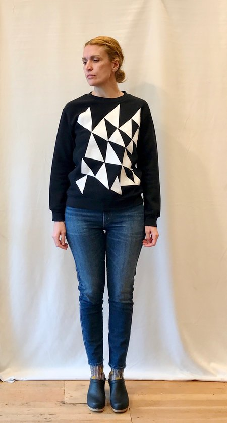 Unisex Correll Correll Triangle Sweatshirt in Black and White
