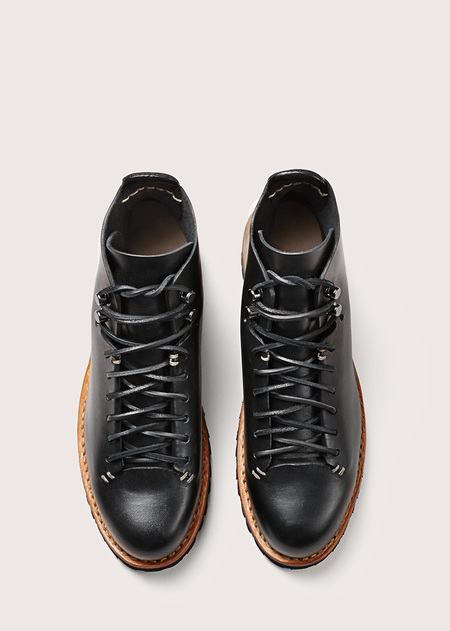 FEIT Unlined Hiker Black