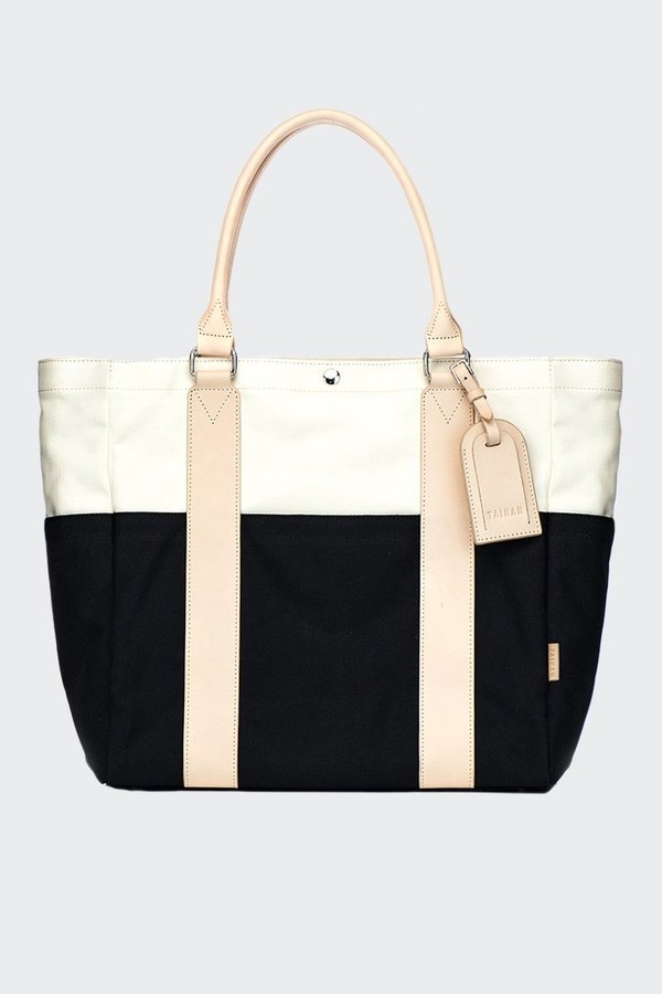 TAIKAN EVERYTHING Sherpa Tote Bag - black/off white/veg tan leather