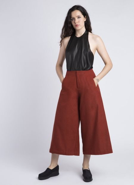 Kaarem Tu Linh Wide Leg Cropped Pocket Pant