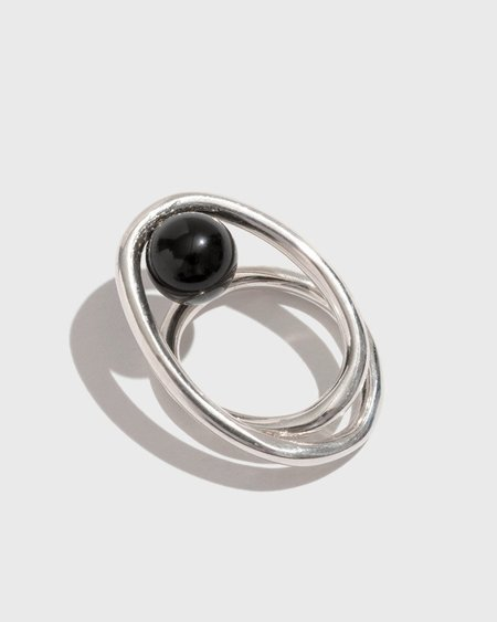 Coyote Negro Wire Ring