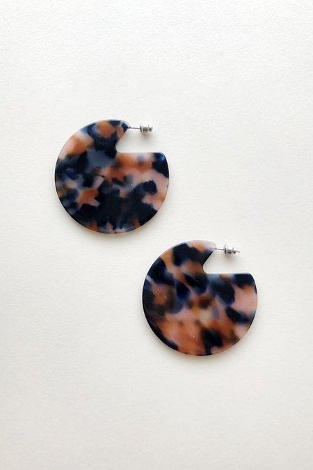 Machete Clare Earrings in Fortune