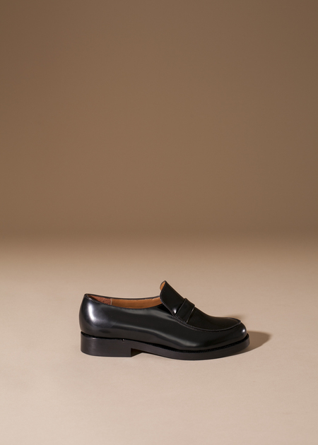 Anne Thomas Leonard Loafer - Black Riscio