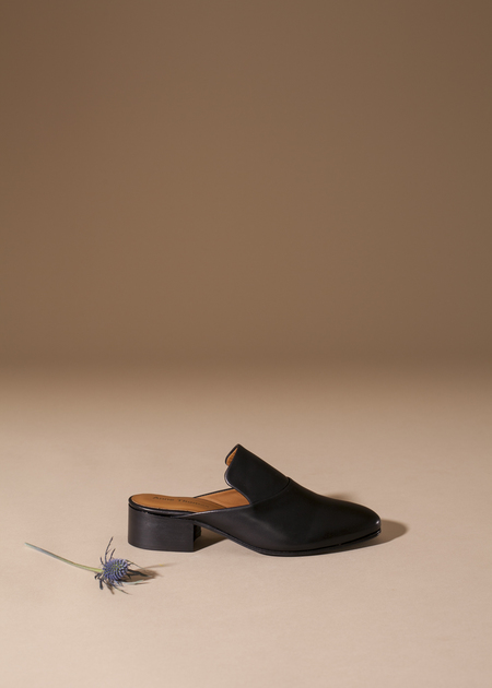 Anne Thomas Fatima Mule - black calf