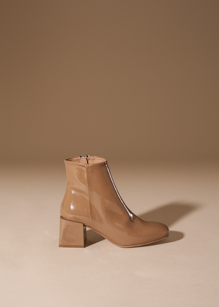LoQ Lazaro Boot - cream patent