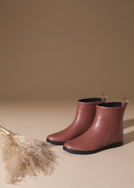 Alice + Whittles Minimalist Red and Black Ankle Boot