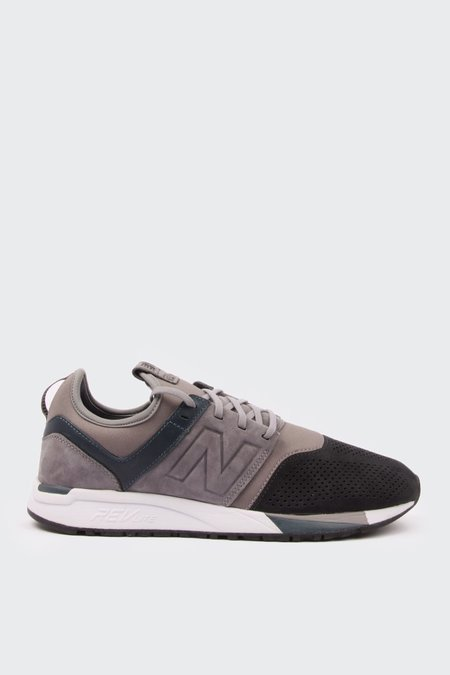 New Balance 247 Luxe - grey/black