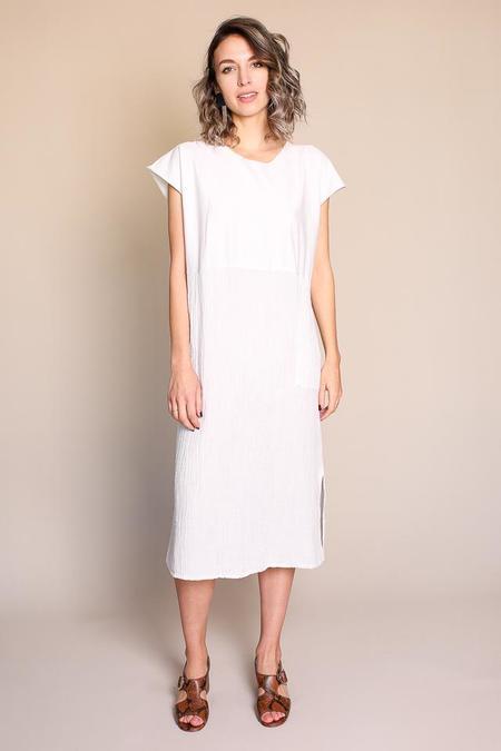 Raquel Allegra Shift Dress in Dirty White